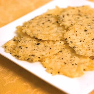 [Diabetes Friendly] Parmesan Pepper Crisps - Low fat and low carb snack  via farmflavor.com