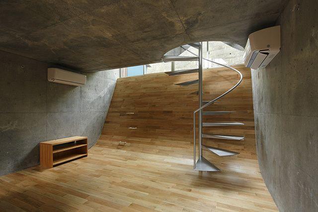 保坂猛 建築都市設計事務所による「屏風ヶ浦の家」を紹介