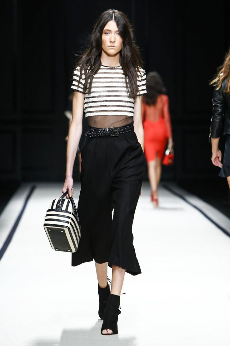 Elisabetta Franchi Ready To Wear Spring Summer 2016 Milan - NOWFASHION: