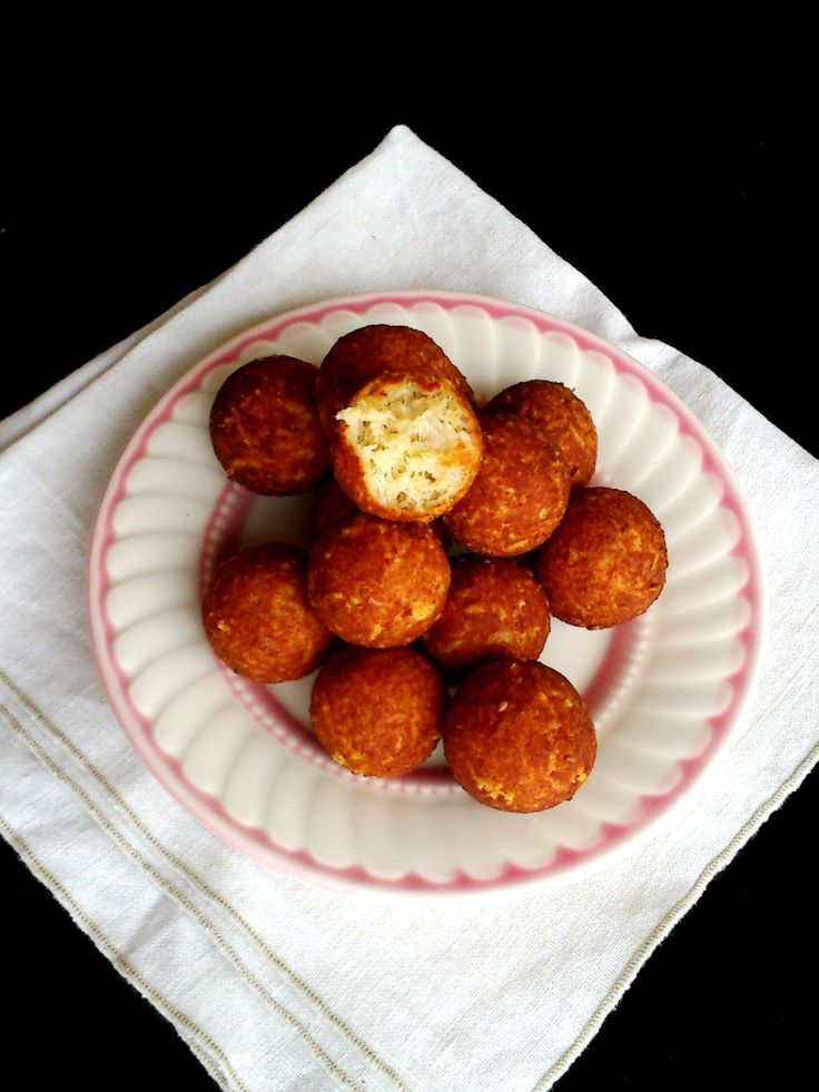 Sajtgolyó - Cheese dumplings