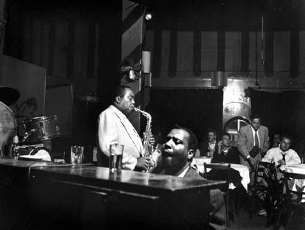 """Monk, Bird & Mingus at ""the Open Door"" in the Village, #NYC Sept '53 #jazz http://t.co/JY4xg91GT7 http://t.co/gpgjWf4s0p"""