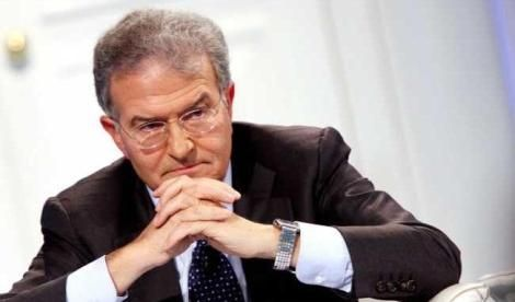 """Spara sulla Forza Italia della Pitonessa: """"Un partito estremista e fideistico"""""""