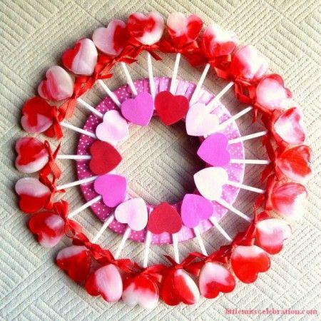 DIY Valentines Lollipop Wreath DIY Valentine Wreaths
