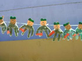 Pra Gente Miúda            Lembrancinhas com sucata para dia do soldado    Soldado feito com garrafa pet com moldes    Especial Dia ...