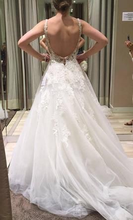 Pronovias PRALA 2016/2017 Collections: buy this dress for a fraction of the salon price on PreOwnedWeddingDresses.com
