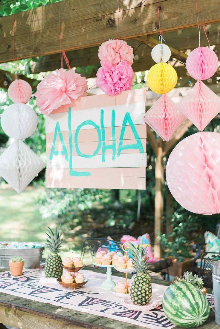 Birthday table decorations for girls - End Of The Year Luau Party