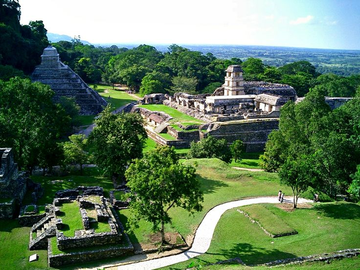 Palenque Deservedly one of the top destinations of Chiapas. The temples of Palenque are one of the best examples of Maya architecture in Mexico.