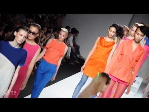 ASV by Asava Fashion Show @ Bangkok International Fashion Week, March 2011.  Movie by Paul Hutton, Bangkok Scene.