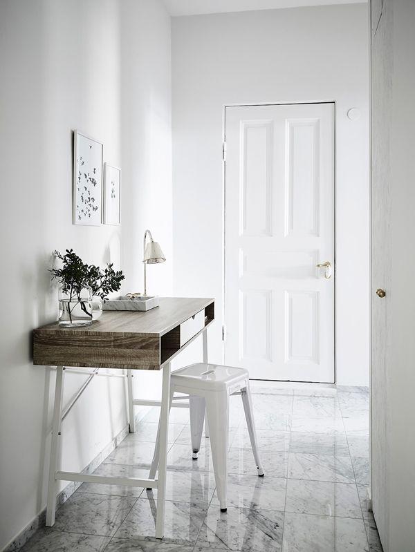 Omsorgsfullt renoverad liten lägenhet på toppen av Kungshöjd ‹ Dansk inredning och design