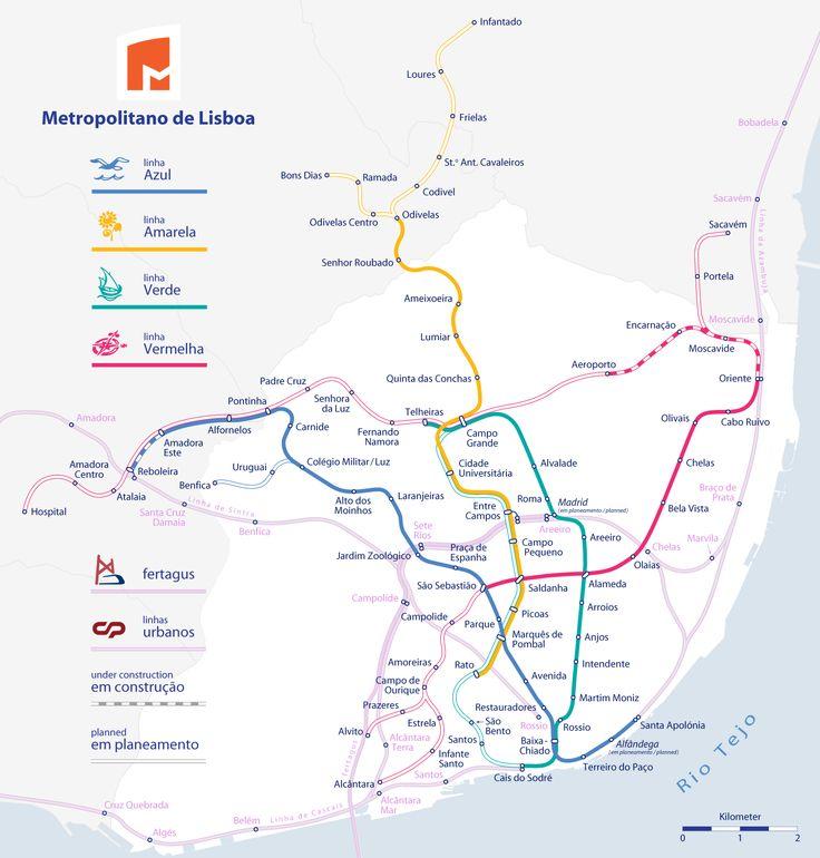 Mappa della metropolitana di Lisbona Alta risoluzione Lisbona ha un sistema di metrò (Metro de Lisboa) integrato col sistema di treni urbani, suburbani e tram. È considerato uno dei più belli dell'Europa insieme a Mosca e Parigi. Le sue stazioni sono spazi artistici ed architettonici.