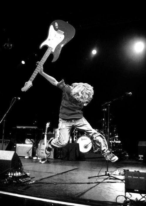 Kurt Cobain hell yeah