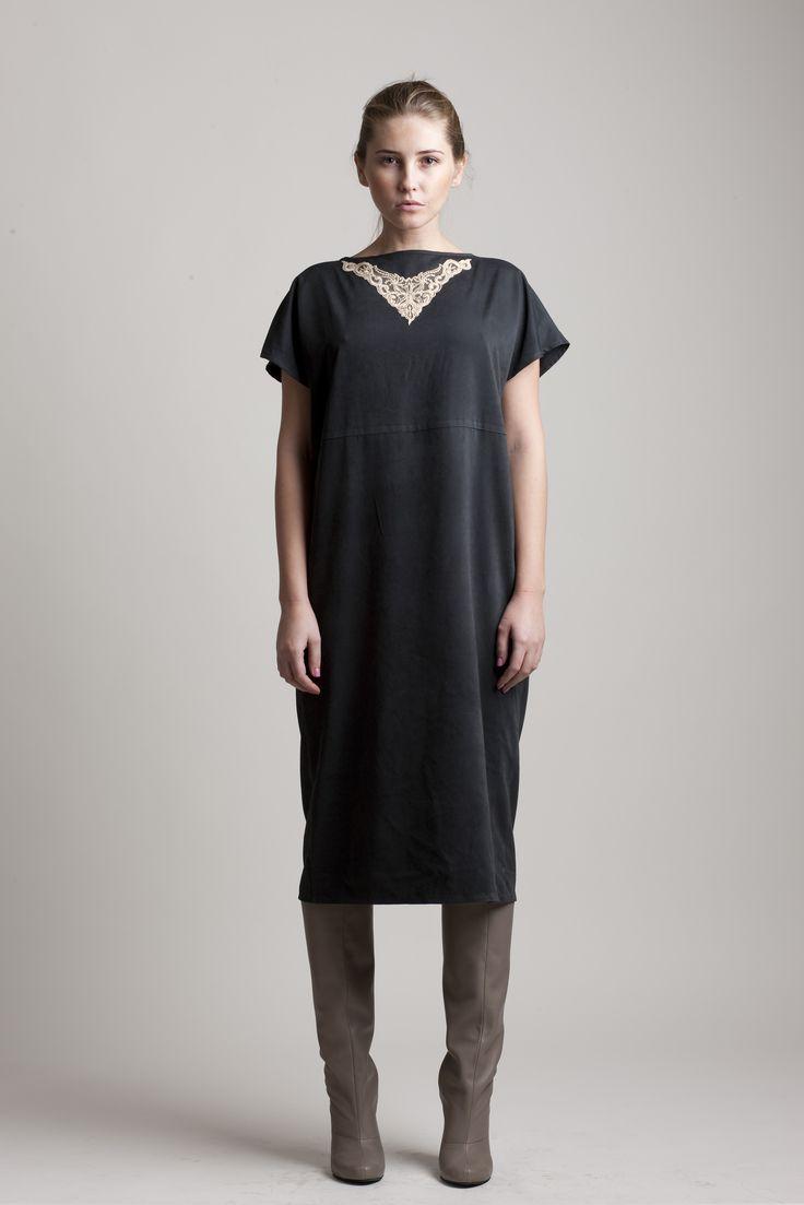 Black Copper Midi Dress // Spring 10 Photo : Macri Studio