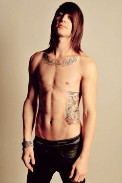 i refuse to look at this. this is Lights' man. YOU STAHP LOOKING
