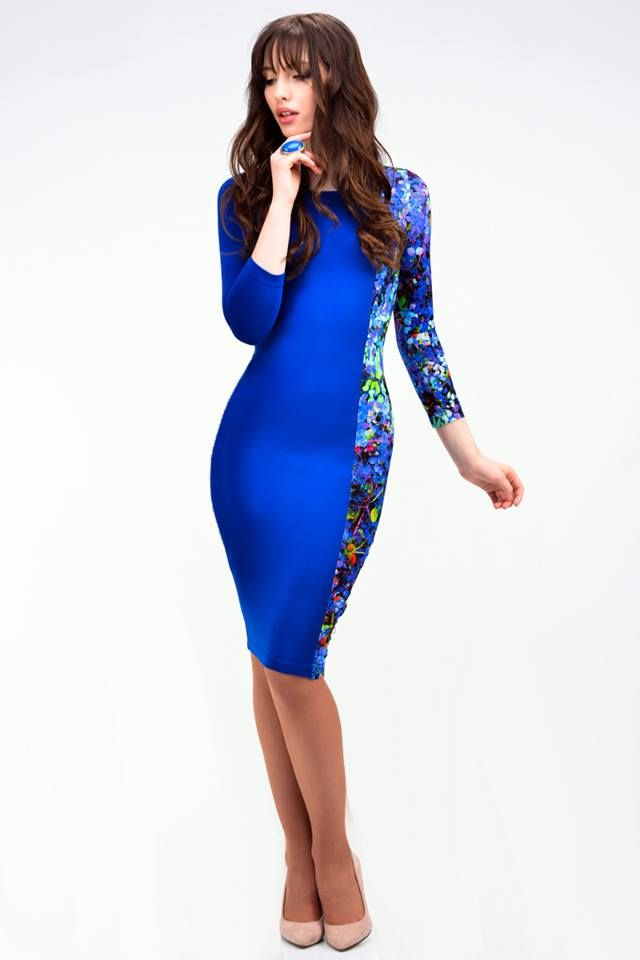 Blueberry dress with asymmetric division - 66,50€