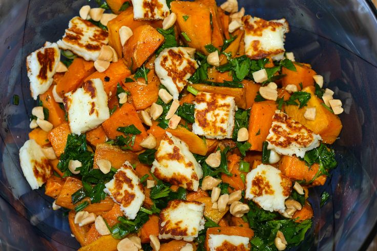 Today I was looking on some food blogs  trying to find something easy to make  for a relaxing Sunday lunch and  came across this sweet potato salad which drew my attention. It is an easy recipe made with sweet potatoes instead of regular ones. Loved the idea as caramelized roasted sweet potatoes are so flavorful. Combined with herb dressing, nuts and halloumi cheese makes a perfect light summer salad.