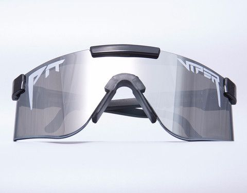 So you want all #class and no sass? A silver mirror lens, #white logo, and #black frame do it for you, Sir? #Blacktie event you say? Think we can ask more questions?  #shades #sunglasses #pitviper https://pitvipersunglasses.com/collections/mirrored-vipers/products/the-standard-mirror