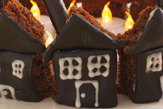 Gingerbread Cake Haunted Houses   The Great British Bake Off