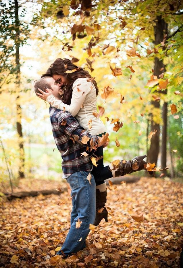 Fall engagement photo!! Can't wait to try this!! photosbytabor.com