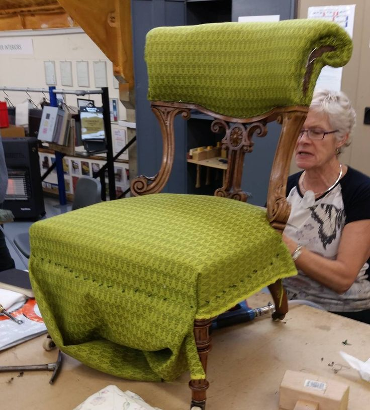 DAY 5 #marchmeetthemaker this is our #boomerang. Sue Blow has been coming you my #upholstery #classes since 1999. She has a wonderful house full of beautiful #Upholstered  #Furniture that she has been working through. Sue has completed all three stages of #amusf # qualification #courses but continues to come to our classes every fortnight for advice and to catch up with her class mates and friends. Sue now runs her own #upholstery #business.
