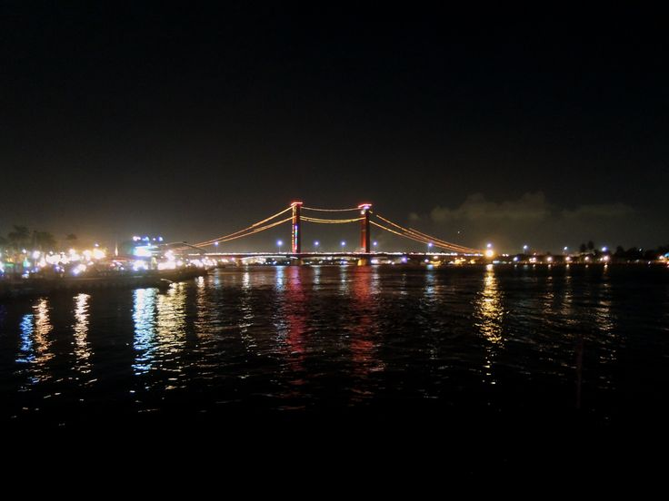 Exquisite lightings shower Ampera Bridge, the modern identity of Palembang city, and a status symbol as one of the country's economic priorities in the early years of independence