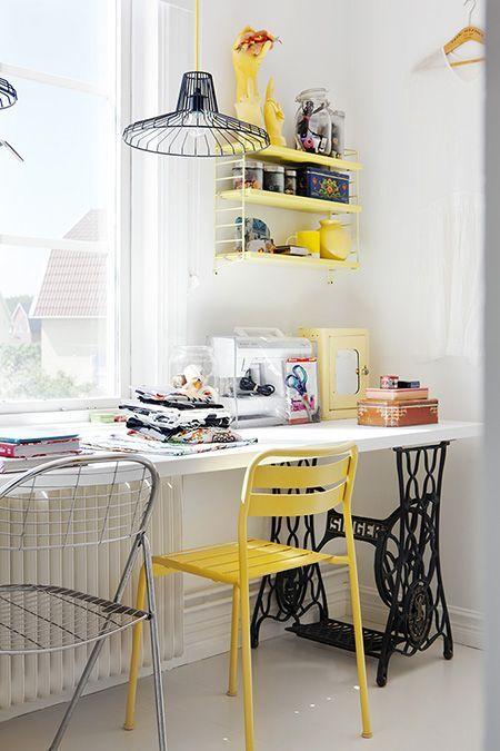 Vrolijke geel in huis
