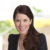 Angela Hamstad  Kontorschef, Reg. Fastighetsmäklare  08-533 307 42 · 0708-99 79 37  angela.hamstad@notar.se