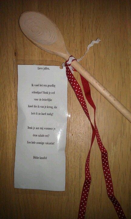 Erg lief cadeautje dat ik zelf vandaag kreeg, met op de achterkant een recept voor een zomersalade!
