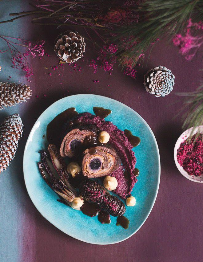 S-Küche: Festliche Rouladen mit Glühweinsauce, Rote Bete-Rotkraut-Püree, Pastinaken-Mousseline und Hasselback-Kartoffeln