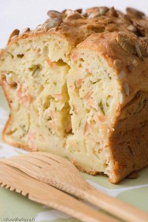 Cake au Saumon Fumé, Estragon et Fromage Frais