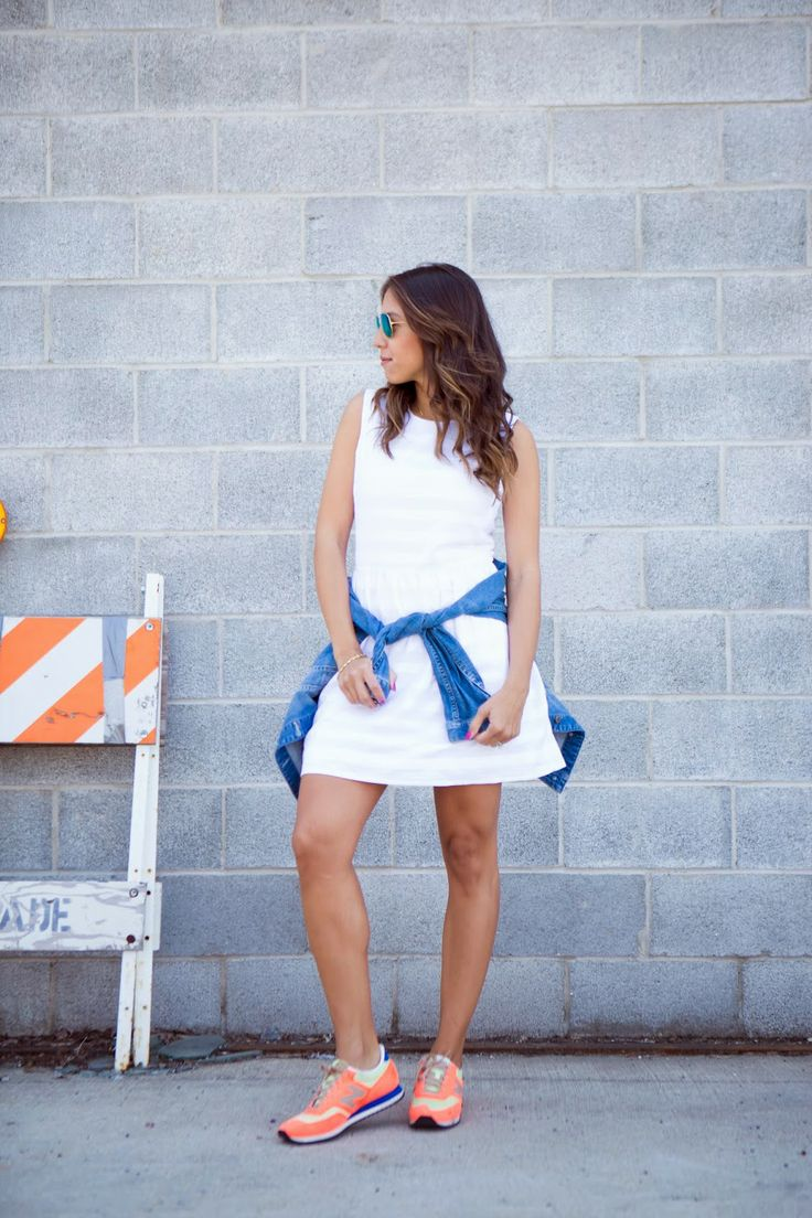 Blogger Chic Flavours dresses down a Gap dress with denim and sneakers.