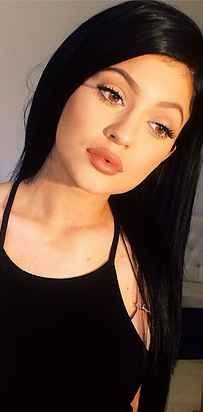 Proof That Kylie Jenner Really Hasn't Had Lip Surgery