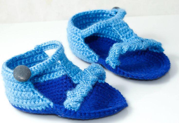 Papucei crosetati