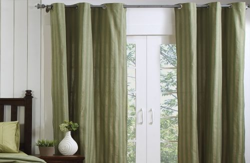 Maspar has huge collection of curtains for offices and home decor in various colors.Buy curtains online in India at reasonable rates with best fabrics. No need to go to the stores to purchase them,you can buy curtains online very easily and conveniently.