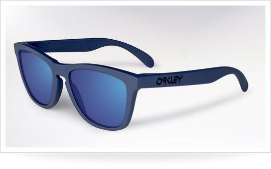 Best #Sunglasses For Men - Oakley Frogskins
