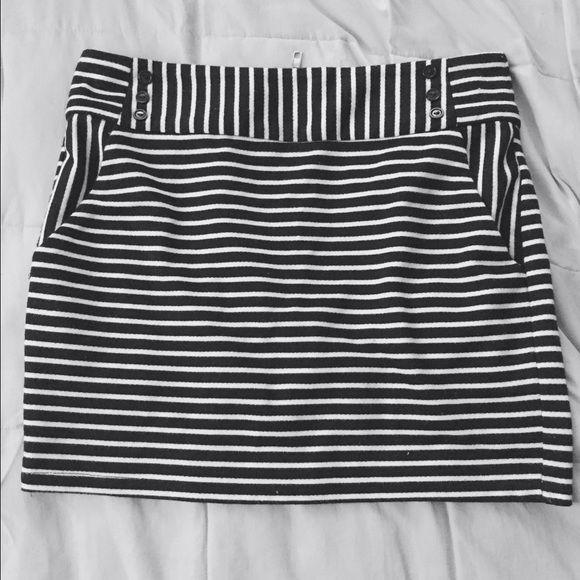 Forever 21 Mini Skirt Cute Forever 21 Mini Skirt | Black & White Stripes | Nice Fit| Great Condition | Forever 21 Skirts Mini