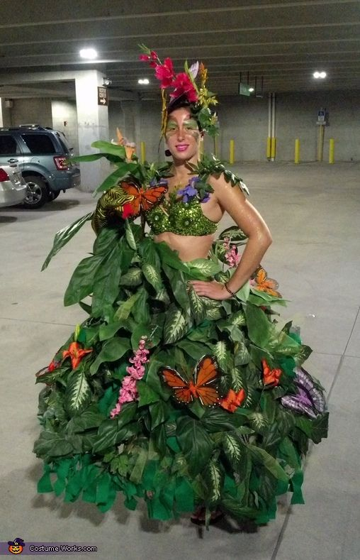 Serena: My name is Serena Bass and my costume is a rainforest. I got the idea because I love to look at plants and flowers and I decided for Halloween I...