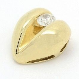 9ct Yellow Gold Heart Pendant with Diamond. Crafted in solid 9ct gold enhancing a gorgeous diamond this heart pendant will make the perfect gift. Something special just for her.