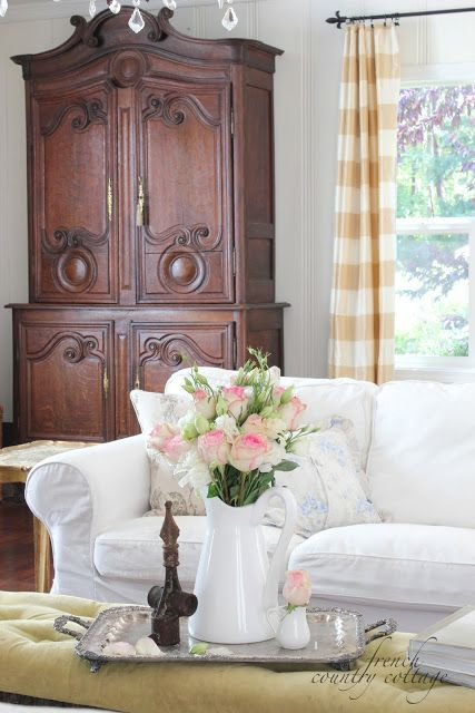 Blog del narco french country cottage summer living room for French country blog