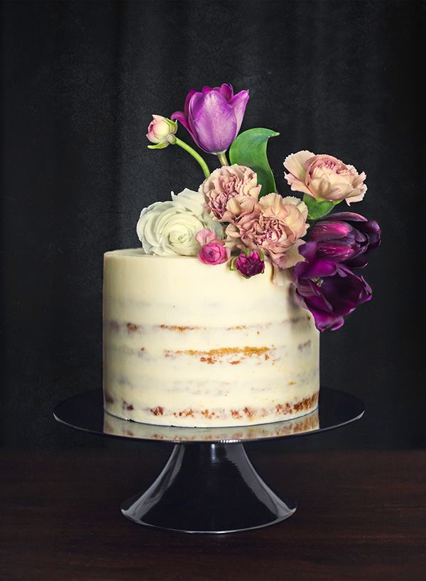 Find out what makes naked wedding cakes so affordable! From Jasmine Rae Bakery, Christina McNeill, and Celeste Green | Snippet & Ink
