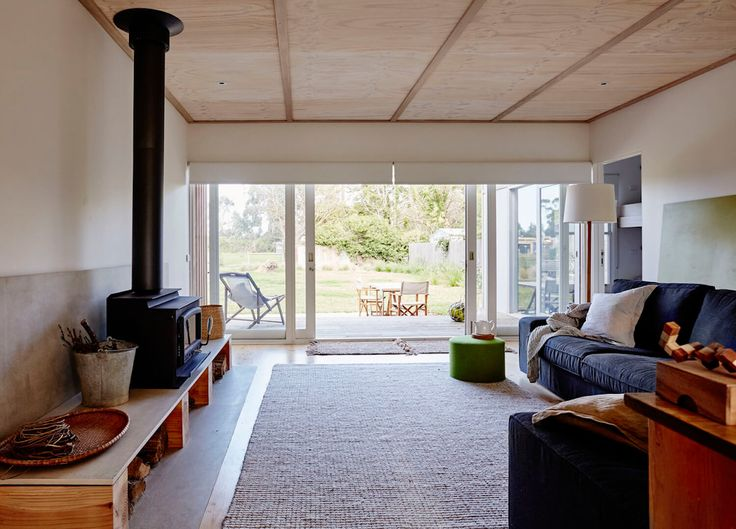 Living room | Shoreham Beach Shack by Sally Draper Architects | est living