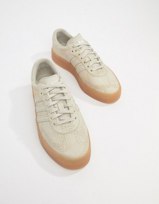 buy online c3d58 c6107 adidas Originals Samba Rose Sneakers In Tan With Gum Sole in 2019    Sapatilhas   Sneakers, Adidas sneakers, Shoes