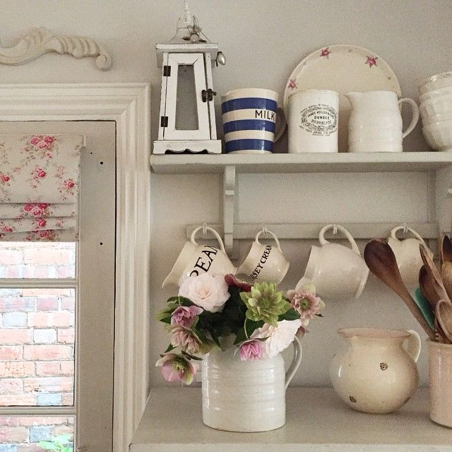 Shabby and Charming: The beautiful cottage Clara