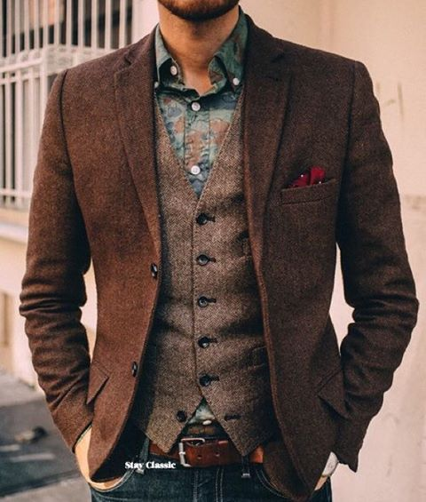 Rustic looks never go out of style. Match the colours coupled with great texture and voila! #mens #menstie #menscut #mensagem #menslook #menslook #fashionpost #fashionable #fashiongram #fashion #menswear #menstyle #mensstyle #mensclothing #mensaccessories #mensfashionpost #menstagram #menstyleguide #mensweardaily #mensoutfit #menstuff #mensagens #mensbracelet #mensapparel #mensfashions #mensuits #mensuits #fashionstyle #fashionstyle #vest