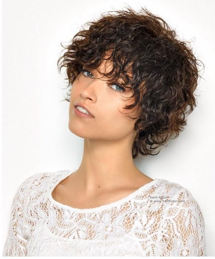 Kurzhaarfrisuren Mit Locken Frisuren 2018 Pinterest Hair Cuts