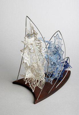 SYDNEY, by Milča EREMIÁŠOVÁ (Czech R.) - bobbin lace sculpture