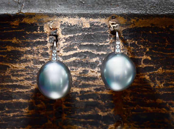 Earrings With Tahitian Pearls