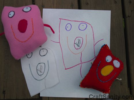 Kids Drawings to Softies by craftsanity: Such a fun way to preserve your kids drawings. #Softies #DIY #Kids_Drawings #craftsanity