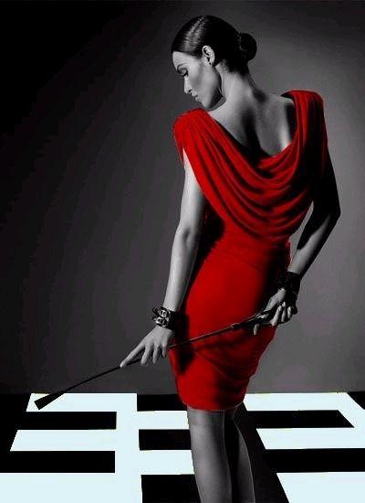 Red dress // http://29.media.tumblr.com/tumblr_lzx76x0NeV1r6ofmpo1_400.jpg