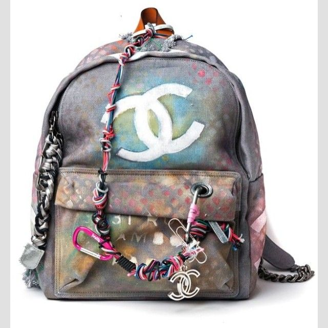 Shut the front door! Chanel Backpack I am obsessed with this!