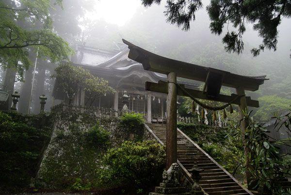 世界遺産「紀伊山地の霊場と参詣道―玉置神社」